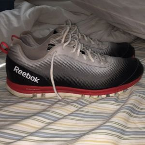 Redbox shoes size 12